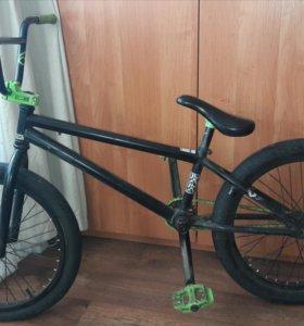 Велосипед BMX (Mirraco Axium 2013)