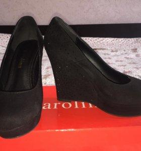 Замшевые туфли ( маломерки)