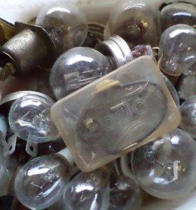 Продам старые авто лампы.