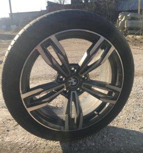 Продам резину с дисками от BMW 320xd