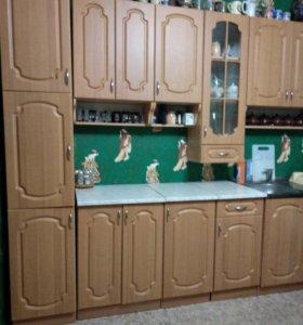 Продаются кухонные шкафы