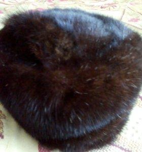 Продам Женскую НОРКОВУЮ шапку 52 размера.