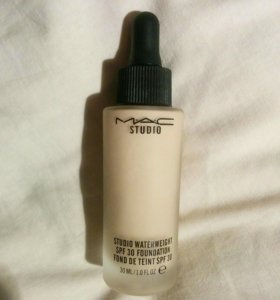 ТОНАЛЬНАЯ ОСНОВА MAC STUDIO WATERWEIGHT SPF 30
