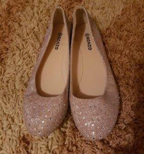 Продам балетки (можно под свадебное платье)