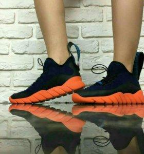 Fendi кроссовки