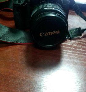 Фотоапорат Canon 550D Kit 18-55 is