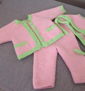 Тёплый костюм на малышку