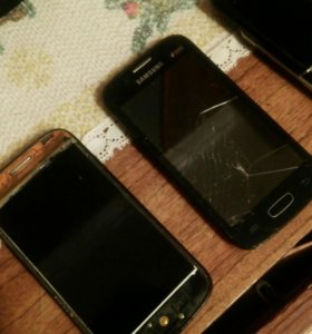 На запчасти телефоны...