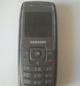 Кнопачный телефон