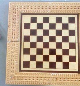 Шахматы (резные)