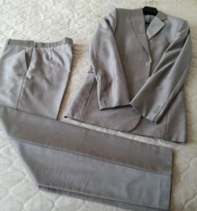 Мужской костюм размер 50, рост 194