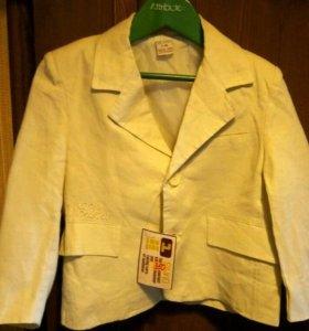 Пиджак и блуза для девочки