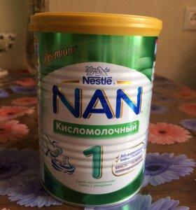 Смесь NAN 1 кисломолочный 400г с 0 месяцев
