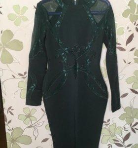 Эффектное платье для встречи Нового Года