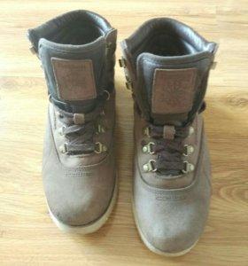 Демисезонные кроссовки Reebok/ботинки