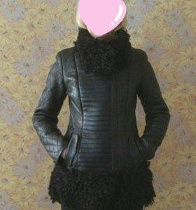 Дубленка женская, размер 44