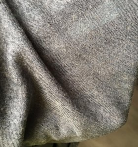Ткань- тонкий трикотаж вискоза с шерстью