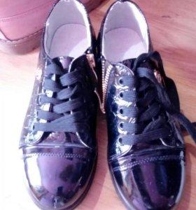 Ботиночки для девочки!