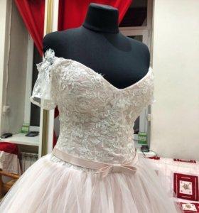 Новое свадебное платье в цвете Пудра