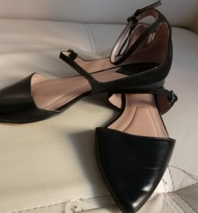 Туфли женские Stradivarius