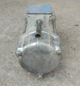 Вибродвигатель