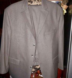 Мужской костюм Mac Dyglas 60 / 170 новый