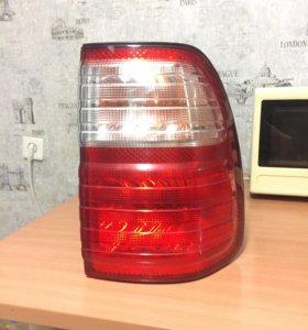 Задний фонарь (Lexus lx 470)