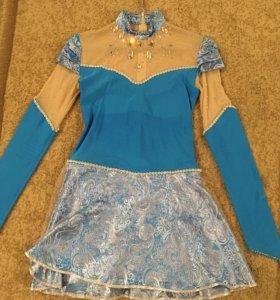 Платье фигуристки для выступления.
