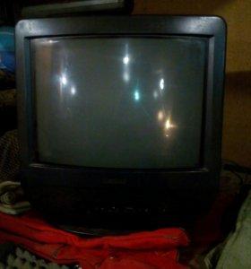 Телевизор SONY,38 диагональ