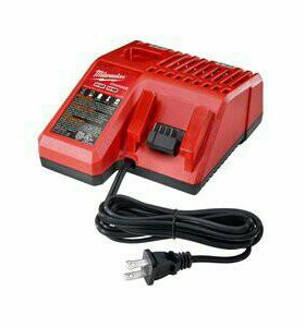 MILWAUKEE M18™ and M12™ Multi-Voltage Charger