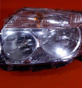 Фара левая Renault Duster до 2015 оригинал