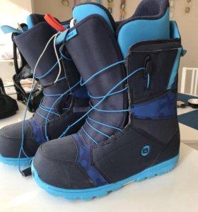 Сноуборд ботинки и крепления