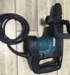 Перфоратор Makita SDS MAX HR 4001 C