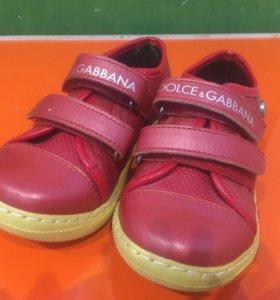 Обувь для девочки и мальчика