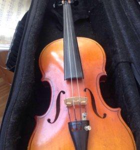 Скрипка, смычок, футляр