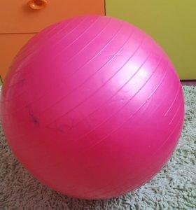 Гемнастический мяч