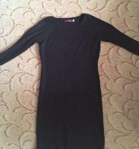 Платье, футболки, брюки. 46-48 размер.