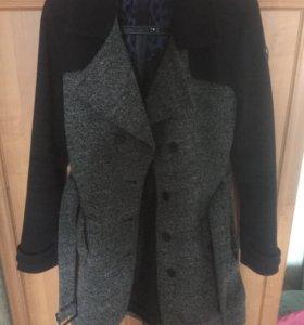 Пальто демисезонное в хорошем состоянии