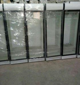 Холодильный шкаф витрина