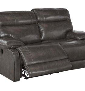 диванчик из натуральной кожи с рестайлингом