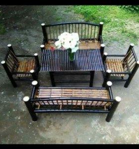 Набор мебели из бамбука