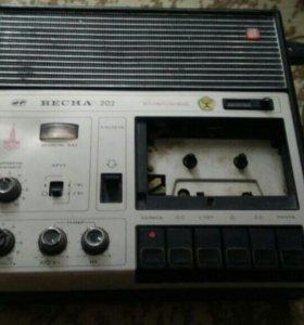 Магнитофон кассетный