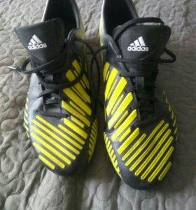 Бутцы шиповника Adidas