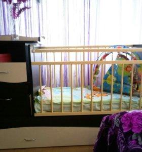 Кроватка -маятник-трансформер