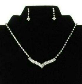 Набор ожерелье и серьги