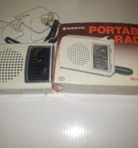 Радио Sanyo rp 1270 АМ динамик и наушник 3.5 мм.