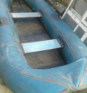 Лодка резиновая 2 местная