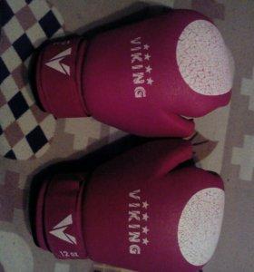 Боксерские перчатки VIKING