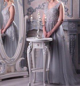 Платье на выпускной новое 42,44,46