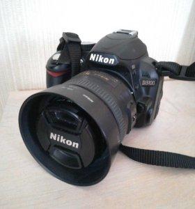 Фотоаппарат Никон Д3100 с объективом Никкор 35 мм